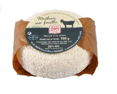 Le Mothais sur feuille 150g - fromage de chèvre au lait cru moulé à la louche - gamme coupe - Sèvre & Belle